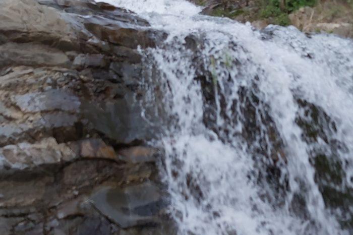 تور آبشار برگ جهان